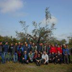 Foto di gruppo meritata per il corso potatura dell'olivo